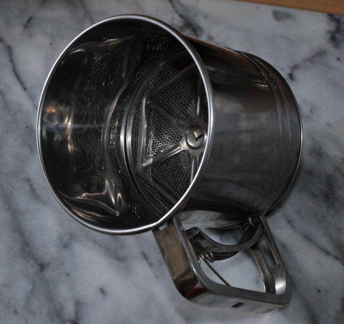Les indispensables et autres la cuisine n 2 la for Tamiser cuisine